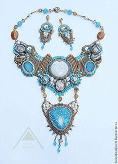 Серьги ручной работы. серьги Diva Maldives вышивка бисером. Lora Vi Bead Jewelry. Ярмарка Мастеров. Серьги с подвесками