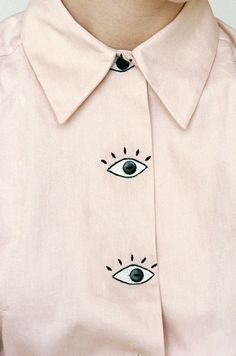 Baron's Eyes Blouse // Pale pastel pink blouse with large cartoon eyes for buttons, by womenswear/clothing designer Hannah Kristina Metz - white shirts and blouses, long sleeve blouse, ladies black blouse *ad Fashion Details, Diy Fashion, Ideias Fashion, Womens Fashion, Fashion Design, Latest Fashion, Moda Fashion, Style Fashion, Fashion Trends