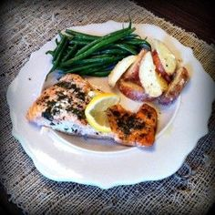 Baked Salmon and more healthy baked fish recipes on MyNaturalFamily.com #fish #recipe