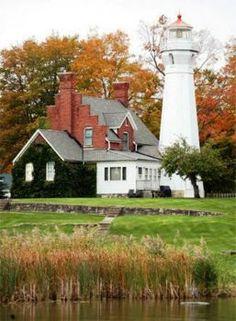Port Sanilac Lighthouse, Michigan (70 pieces)