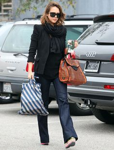 love Jessica Alba's style in general - but this bag is amazing.