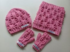 Kız çocukları için baloncuklu örgü bere modeli yapılışı Knitting For Kids, Baby Knitting Patterns, Loom Knitting, Hand Knitting, Crochet Patterns, Fingerless Gloves Crochet Pattern, Knitted Hats, Finger Crochet, Tapestry Crochet