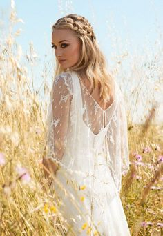 Wedding Dresses Cozy Cover Ups: The Rembo Styling 2017 Collection Sparkly Bridal Boho Chic Wedding Dress, Boho Wedding Hair, Lace Wedding, Hairstyle Wedding, Rembo Styling, Bridal Gowns, Wedding Gowns, Perfect Bride, Beach Wedding Inspiration