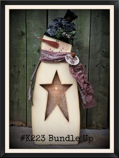 #K223 Bundle Up pattern can be made in two ways.....put the base behind the snowman and let the electric candle light show through the burlap star cut out OR put the base in the front and use a timer taper candle and a wood candle cup.  Easy and quick to paint,  with little painting detail!