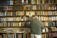 Los libreros logran adaptarse a los nuevos tiempos y encuentran formas de resistir a la vorágine de la actualidad. Escribe Umberto Eco (CABA) Estuve siguie