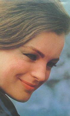 Romy Schneider, what a wonderful Smile :-)