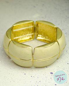 Bracelete Oval Dourado - R$ 55,00 - Disponível na nossa loja virtual: http://bzz.ms/braovaldourado