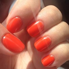 CND shellac - electric orange