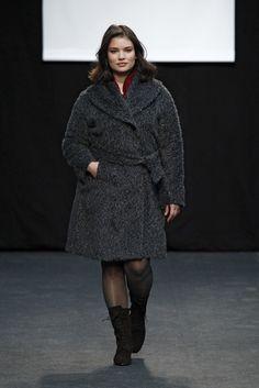 Adolfo Domínguez + F/W 15   WordPress Real Women, Size Model, Plus Size Women, Madrid, Curves, Plus Fashion, Coat, Wordpress, Jackets