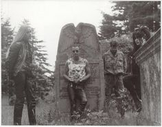 Some incarnation of Current 93 http://postpunkindustrial.tumblr.com/post/135250033341/some-incarnation-of-current-93