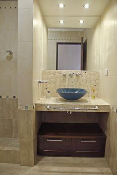 New Bathroom Organization Ideas Toilets Ideas Small Bathroom Furniture, Home Decor Furniture, Bathroom Interior, Bathroom Tub Shower, Tub Shower Combo, Tile Tub Surround, Lavatory Design, Bathroom Organization, Organization Ideas