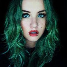 Znalezione obrazy dla zapytania kolorowe włosy