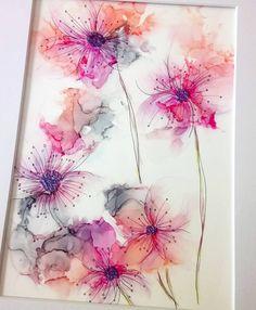 """Bloom'N'Jazz Art 在 Instagram 上发布:""""I added some doodle.. #alcoholink #alcoholinkpainting #inkart #artgallery #artforsale #instartist #ukartist #ukart #flowsession #fluidart…"""""""