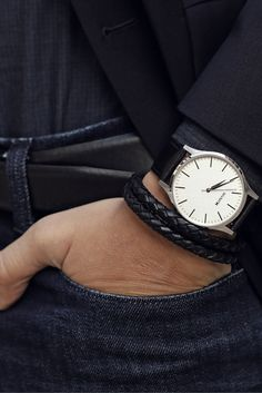 Buying The Right Type Of Mens Watches - Best Fashion Tips Mvmt Watches, Big Watches, Watches For Men, Analog Watches, Daniel Wellington Watch, Gq Style, Pandora Jewelry, Leather Jewelry, Bracelet Watch
