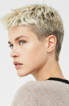 Today we have the most stylish 86 Cute Short Pixie Haircuts. Pixie haircut, of course, offers a lot of options for the hair of the ladies'… Continue Reading → Short Blonde Pixie, Short Grey Hair, Short Hair Cuts, Short Hair Styles, Pixie Cuts, Cute Haircuts, Short Pixie Haircuts, Pixie Hairstyles, Ladies Hairstyles
