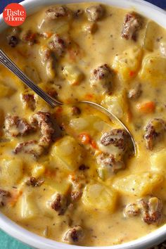Simmer up one of these homemade soup recipes on a cool day. Check out our favorite soup recipes for chicken noodle French onion split pea and Easy Soup Recipes, Cookbook Recipes, Fall Recipes, Crockpot Recipes, Great Recipes, Cooking Recipes, Favorite Recipes, Easy Homemade Soups, Easy Crockpot Soup
