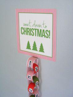 Christmas Countdown Chain with Free Printable