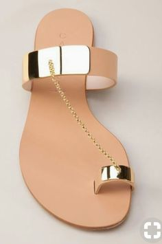 Gold Toe Ring Sandals and Skater Dress Worn by Eva Longoria Toe Ring Sandals, Shoes Flats Sandals, Toe Rings, Shoe Boots, Flat Sandals, Slipper Sandals, Gold Sandals, Leather Sandals, Pretty Sandals