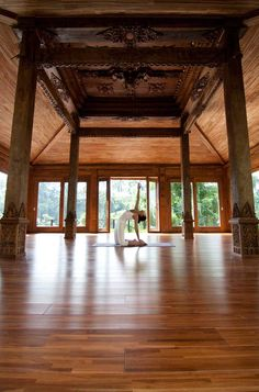 Kamandalu Ubud's yoga studio is a 100 year-old traditional Indonesian 'joglo' structure overlooking the jungle ravine. #Indistay | Bali, Indonesia