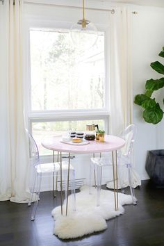 Mix and Match to Create a Custom Table! | A Beautiful Mess | Bloglovin'