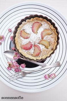 beautiful little rhabarber frangipane tarteletts
