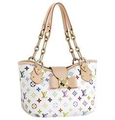 Louis Vuitton bags and Louis Vuitton handbags Louis Vuitton Annie MM 270 Hobo Handbags, Louis Vuitton Handbags, Louis Vuitton Monogram, Vuitton Bag, Leather Handbags, Fashion Heels, Fashion Bags, Womens Fashion, Fashion Handbags