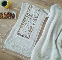 Browse lots of Free Crochet Patterns. We have compiled crochet pattern and knitting patterns. See all of crochet and knitting patterns. Débardeurs Au Crochet, Cardigan Au Crochet, Pull Crochet, Crochet Baby Toys, Cotton Crochet, Crochet Cardigan, Crochet Clothes, Crochet Stitches, Baby Knitting