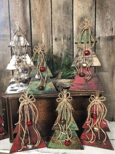 Pallet Christmas Trees, Reclaimed Pallet Wood, Vintage Christmas Decorations, Hand Painted, Rustic, Handmade Farmhouse Christmas Trees