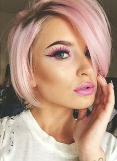 Pink is your favorite color? Then you will love these 10 adorable PINK hairstyles! Pink Short Hair, Baby Pink Hair, Pastel Pink Hair, Short Hair Cuts, Short Hair Styles, Peach Hair Colors, Hair Color Pink, Cool Hair Color, My Hairstyle