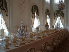 Imperial Dining Room at Peterhof Peterhof Palace, Peter The Great, Summer Palace, Imperial Russia, China Patterns, Scandinavian Style, Table Settings, Ceiling Lights, Fantasy