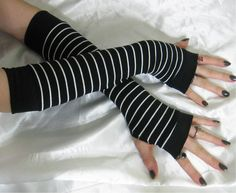Striped Arm Warmers Stripes Fingerless gloves  Bandeau  by Mellode