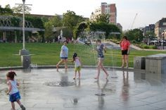 The Boston Harborwalk: Places To Go...: Downtown/North End: Christopher Columbus Waterfront Park