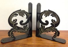 Giftcraft Metal Acanthus Bookends - Pair