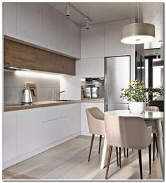 31 Modern Kitchen Concepts Every House Prepare Needs to See Küche Kitchen Interior, Home Decor Kitchen, Luxury Kitchens, Kitchen Remodel, Kitchen Decor, Contemporary Kitchen, Kitchen Room Design, Rustic Kitchen, Luxury Kitchen Design