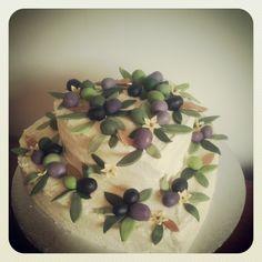 CAKE FOX: Olive Wedding Cake