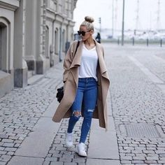 #love #fashion #tumblr #jeans #white #jacket #adidas #shoes #black #cute #girls