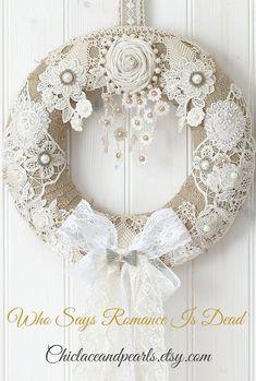 A beautiful handmade wreath shabby chic decor, shabby chic wreath, . - A beautiful handmade wreath of shabby chic decor, shabby chic wreath, … – Shabby Chic Home Deco - Arte Shabby Chic, Couronne Shabby Chic, Shabby Chic Kranz, Shabby Chic Zimmer, Shabby Chic Mode, Shabby Chic Wreath, Shabby Chic Vintage, Style Shabby Chic, Shabby Chic Crafts