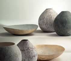 Here is your quick feng shui decorating guide to the best shapes and materials for all rooms in your house. You are in the right place about feng shui home direction Here we offer you the most beautif Wabi Sabi, Ceramic Pottery, Ceramic Art, Ceramic Design, Ceramic Bowls, Feng Shui Design, Vase Deco, Cerámica Ideas, Keramik Vase