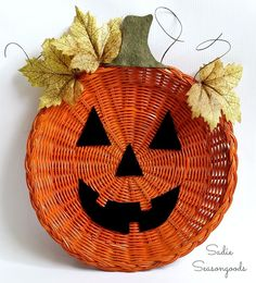 Wicker+Paper+Plate+Holder+Jack-o-Lantern+Door+Hanger