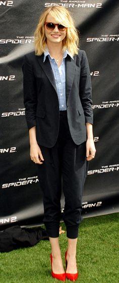 La clave del look: oficina chic Seguimos con nuestros 7 días de moda de Emma Stone con ese look que tanto nos gusta recordar pero para el que siempre hay op