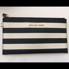 1 hour sale Navy/white Michael Kors MK  wristlet Michael Kors Bags