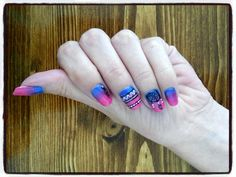 nails desing shellac blue and pink dream Catcher