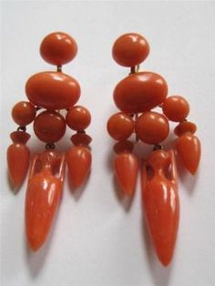 Estate-Find-Victorian-Mourning-Gold-Carved-Urn-Real-Coral-Dangle-Earrings