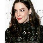 Liv Tyler incinta del terzo figlio: l'annuncio su Instagram