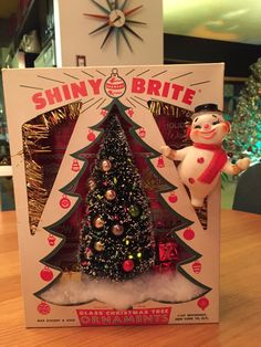 Vintage Shiny Brite Shadow Box / Diorama  Lighted by Kitschland
