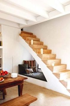 ::Surroundings::: Tiny Houses mean creative living. Reading nook under stairs Under Stairs Nook, Space Saving Beds, Sweet Home, Stair Storage, Staircase Storage, Stair Shelves, Book Shelves, Stair Drawers, Wall Storage