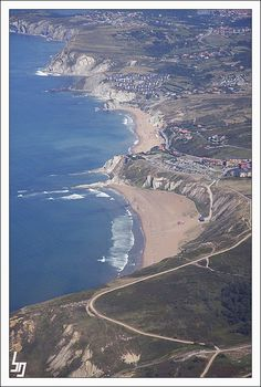 Panoramic flight over the Bizkaia Province with lots of great pics. Bilbao, Provinces Of Spain, Costa, Asturian, Basque Country, Capital City, Great Places, Surfing, Retina