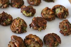 Baby-led weaning recipe for cheesy broccoli bites