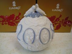 "Lladro #01017618 ""2008 Christmas Ball"" New in Box"