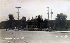 Imagen de la hoy Avenida de los Insurgentes, pudiendo aprecuarse el Convento de San Angel. Foto aproximadamente de los años 30's.